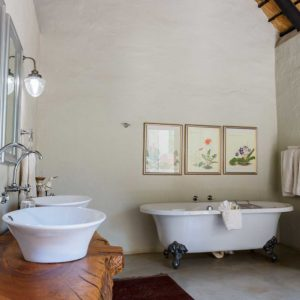 Shikwari Wild Fig Family Bathroom