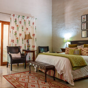 Wild-fig-main-bedroom-Shikwari-1701