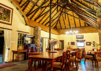 Shikwari Nature Reserve - Dining and Lounge