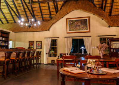 Shikwari Nature Reserve - Warthog Bar Dining Room