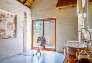 Shikwari Nature Reserve - Wild-Fig-bathroom